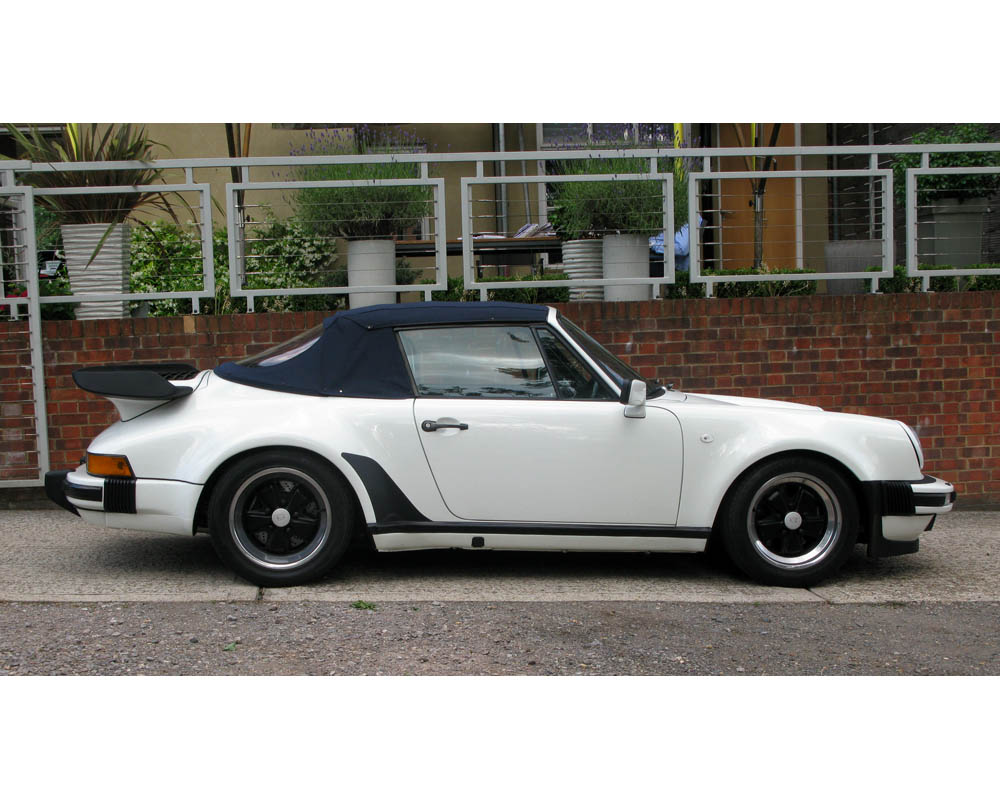 PORSCHE 911 SUPERSPORT CABRIOLET