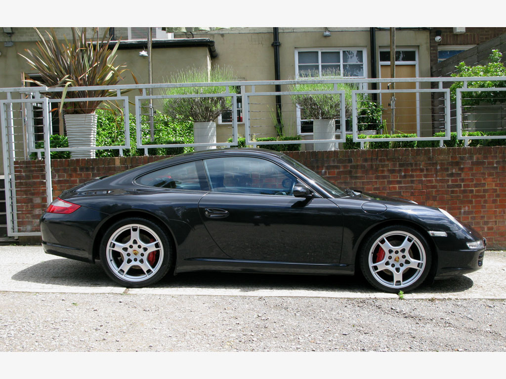 PORSCHE 997 C2S COUPE MANUAL-BASALT BLACK
