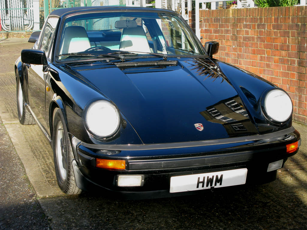 PORSCHE911 3.2 CARRERA TARGA MANUAL